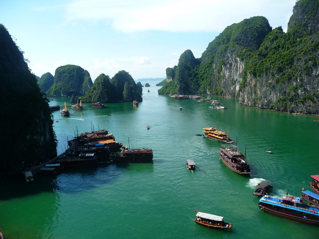 Halong Bay - Vietnam visa application from Singapore