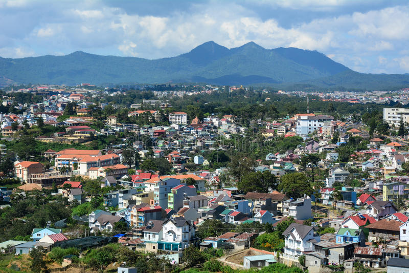 romantic-places-in-vietnam-dalat